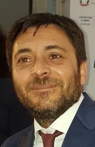Sinergia Scuola- Comune di Teano per la consegna di dispositivi per la DAD all' Alberghiero.