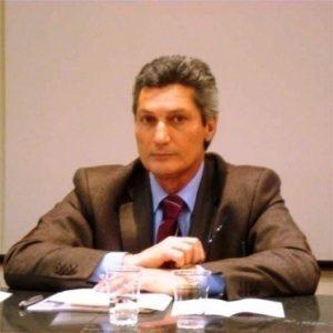 REGIONALI: DE LUCA E IL MASOCHISMO DEI CAMPANI