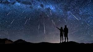 <H2>La notte di San Lorenzo… La notte sei sogni! <br><H4><font color='black'>Molti di noi anche quest'anno saranno col naso in sù alla ricerca di una stella cadente